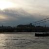 Árvíz 2013 június, Budapest - távolban a Budai Vár