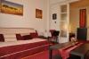 A Nappali, az apartman lelke! Ha sokan jöttök, élvezni fogjátok, hogy itt kényelmesen elfértek. A nyaralás nem arról kell szóljon, hogy kis lukakban kelljen szorongani!